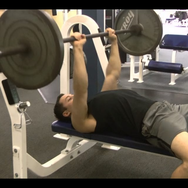 Close Grip Bench Press Start